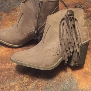 Faded glory western suede booties